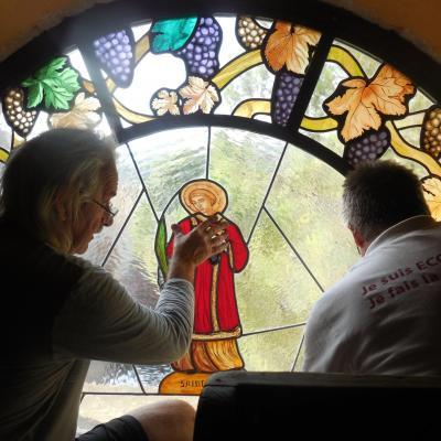 Création d'un vitrail (Cornillon)